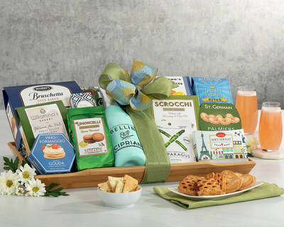 Stay Connected this Summer with Wine Country Gift Baskets® New Summer Wine and Cocktail Collections