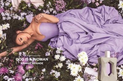 La artista Ariana Grande lanza la fragancia God is a Woman