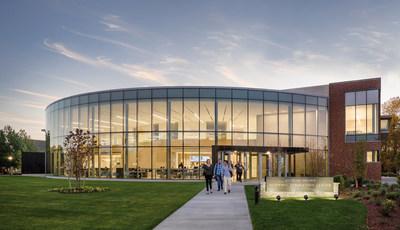 Bryant University's International Business program cracks top 20 in U.S. News & World Report 2022 national rankings