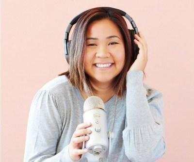 Productora de podcasts y empresaria de moda es nombrada Empleada del Año en el sector de la Dotación de Personal Nacional
