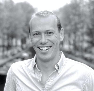 La empresa de OOH Billups anuncia la primera contratación europea, Andrew Brunton