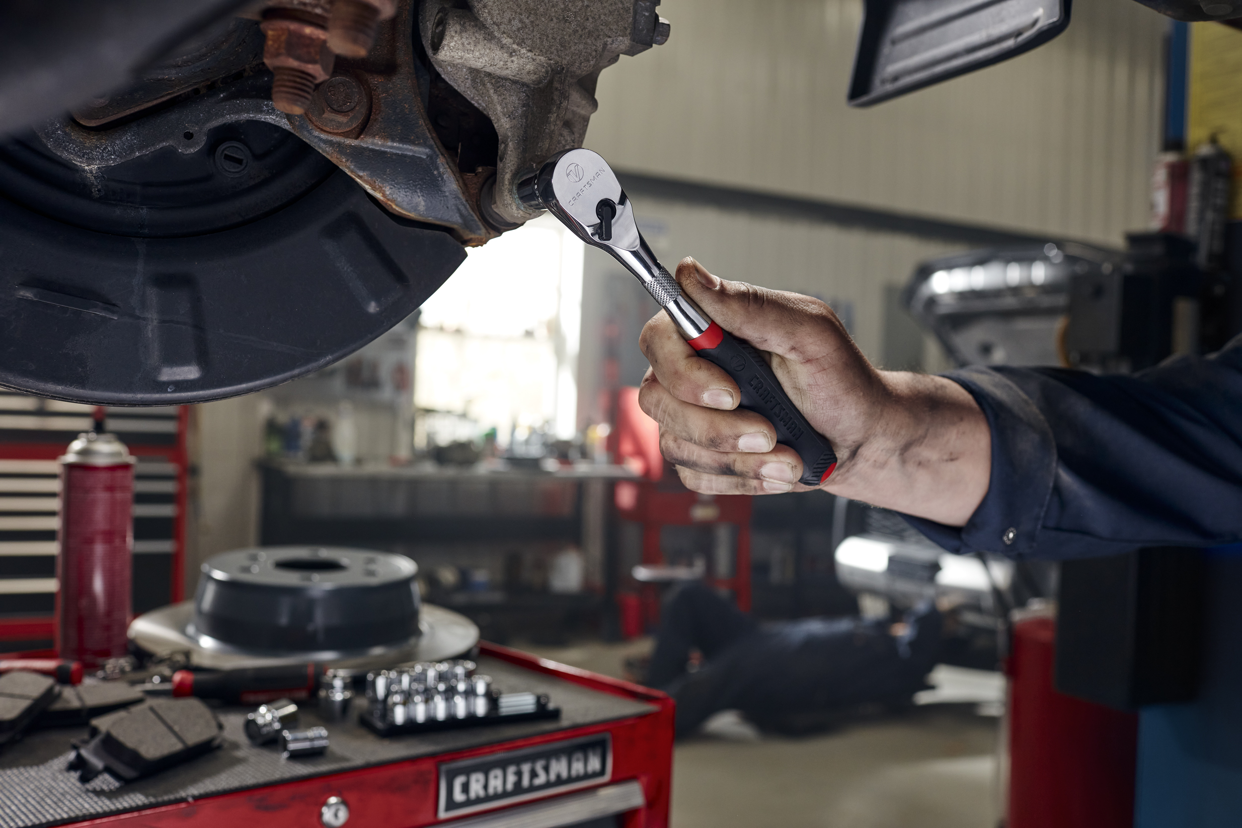 CRAFTSMAN® Unveils New V-Series™ Line of Premium Tools for Automotive and Industrial Use, Backed by a Lifetime Warranty