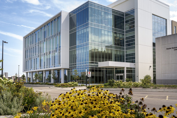 Rosalind Franklin University Awarded $2 Million in State Wet Lab Capital Funds