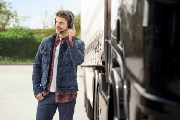 BlueParrott Introduces Two New Wireless Headsets with Active Noise Cancellation for Safe, Hands-Free Communication Behind the Wheel