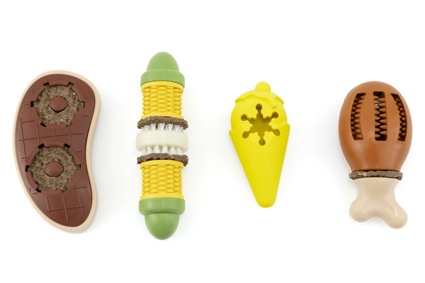 PetSafe® Introduces Four New Treat-Holding Dog Toys to Top Holiday Wish Lists