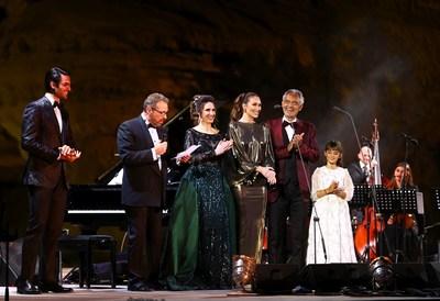 Tres Bocellis y muchos instrumentos celebran la vida en Hegra: la Comisión Real de AlUla