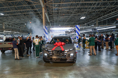 Hyundai Motor Manufacturing Alabama Celebrates Launch Of All-New 2022 Santa Cruz