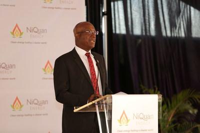 El primer ministro Rowley inaugura la planta de GTL de NiQuan Energy en Trinidad y Tobago